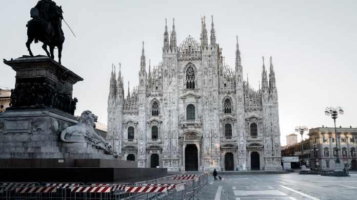 Italy imposes lockdown